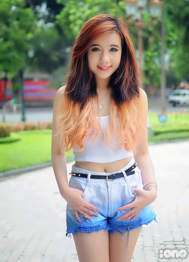 <div> Thời gian về Việt Nam nghỉ hè vừa qua, hot girl Mie khá bận rộn với lịch thực tập ở một đài truyền hình.</div>
