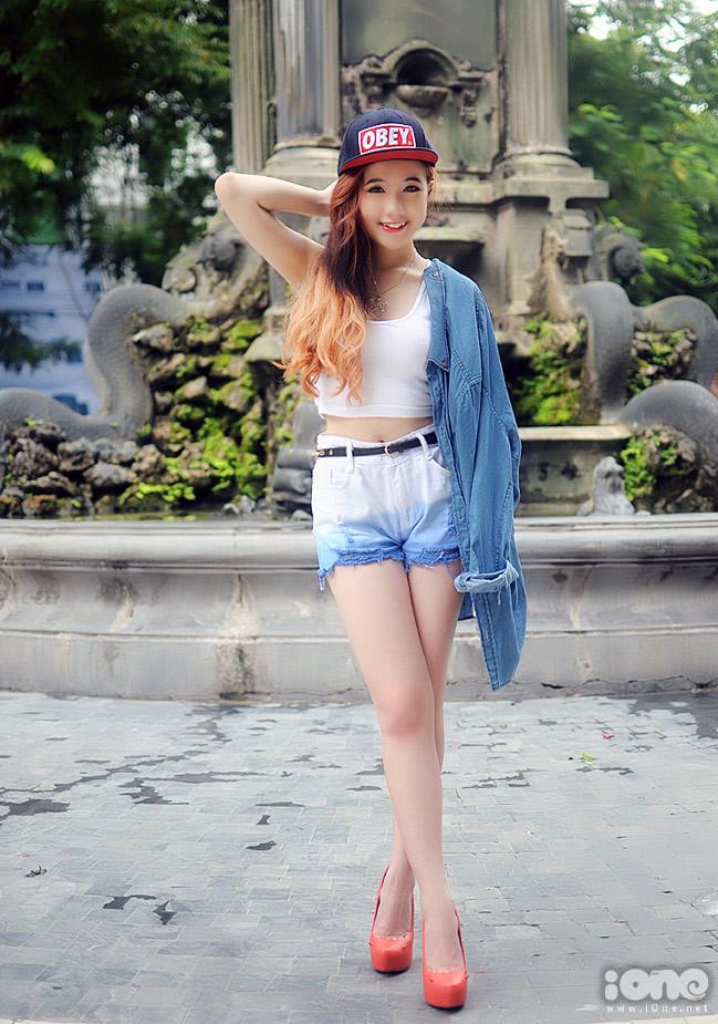 <div> Do rất đam mê thời trang, Mie vẫn tranh thủ đi chụp hình và thực hiện trang blog chuyên về thời trang của mình.</div>