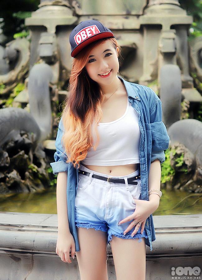"""<p> """"Mie sẽ tiếc và nhớ Việt Nam lắm đấy. Mùa hè này Mie đã rất vui vì có thêm nhiều người bạn mới, đặc biệt là các bạn trong hội vloggers khôi hài"""", cô bạn tâm sự.</p>"""