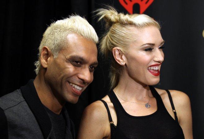 <p> Cặp tình nhân cùng ban nhạc No Doubt - Gwen Stefani và Tony Kanal đã hẹn hò 7 năm (từ 1987 đến 1994) rồi chia tay, phải mất 11 năm sau sự đổ vỡ này No Doubt mới có thể tái hợp. Gwen dường như rất ưng ý các rocker bởi sau đó nữ ca sĩ đã kết hôn với Gavin Rossdale của nhóm rock Bush.</p>