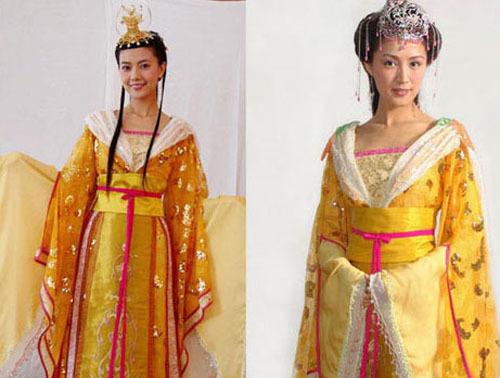 <p> Hai nàng công chúa Nhược Tích (Cao Viên Viên) và An Ninh (Bào Lôi) mặc giống hệt nhau dù phim<em> Tần Vương Lý Thế Dân</em> chẳng liên quan gì đến <em>Công chúa bướng bỉnh</em>.</p>