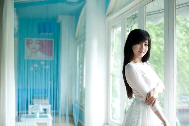 """<p> Một điểm thú vị từ Trinh là cô bạn này có nhiều điểm giống với """"cô bé trà sữa"""" nổi đình đám trên mạng Trung Quốc dạo gần đây.</p>"""
