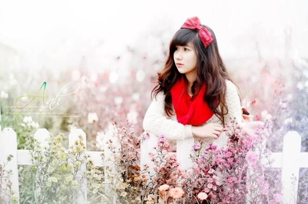 <p> Là học sinh trường THPT Cầu Giấy, Hương Kyn là một trong những gương mặt nữ sinh được mến mộ bởi ngoại hình xinh xắn.</p>