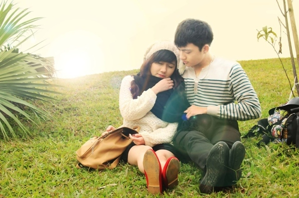 <p> Bức ảnh chụp với một chàng trai được đông đảo bạn bè thích thú cho rằng cô nàng đã tìm được một nửa của mình.</p>