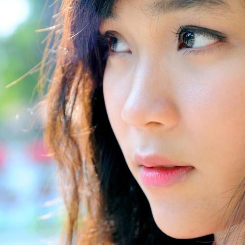 <p> Gương mặt xinh xắn pha chút cá tính là điều làm nên điểm cuốn hút ở Phương TiTi.</p>