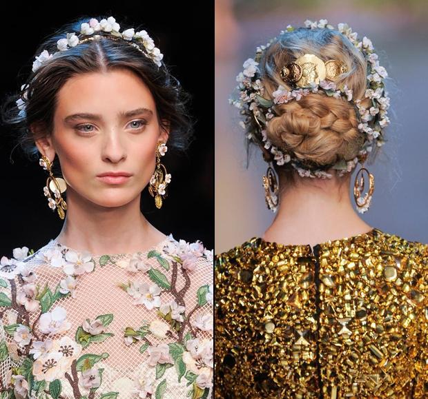 <p> Dải hoa dài quấn quanh đầu và búi tóc đặc biệt thích hợp khi dự tiệc.</p>