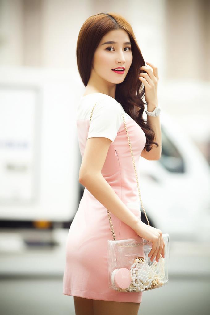 <p> Vừa qua, Diễm My được dư luận quan tâm khi tham gia đòng phim 'Mỹ nhân kế' của đạo diễn Quang Dũng và 'Váy hồng tầng 24'.</p>