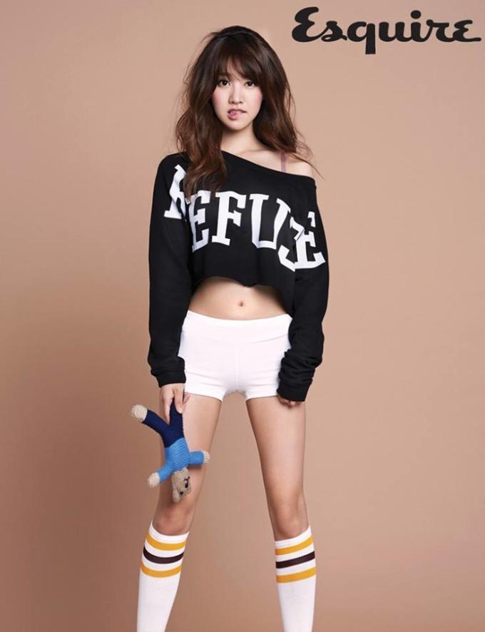 <p> Phong cách thể thao vẫn tiếp tục được giới thiệu trong nhiều bộ hình thời trang.</p>