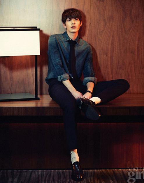 <p> Kim Woo Bin xuất hiện ngọt ngào và quyến rũ trên tạp chí<em> Vogue Girl.</em></p>