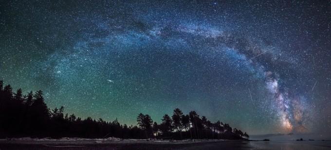 Loạt ảnh bầu trời đầy sao đẹp lung linh như cổ tích
