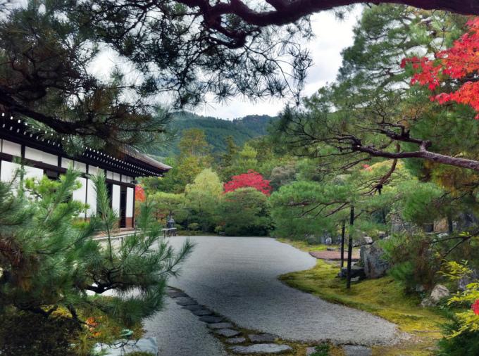 <p> Đền Konchi-in ở Kyoto được thiết kế đẹp như một bức họa phong cảnh.</p>