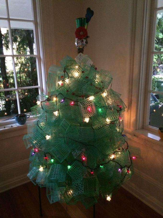 Những cây thông Noel độc đáo chẳng giống ai (2)