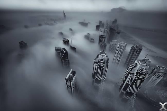 Ngắm Dubai đẹp mê hồn trong sương mù dày đặc
