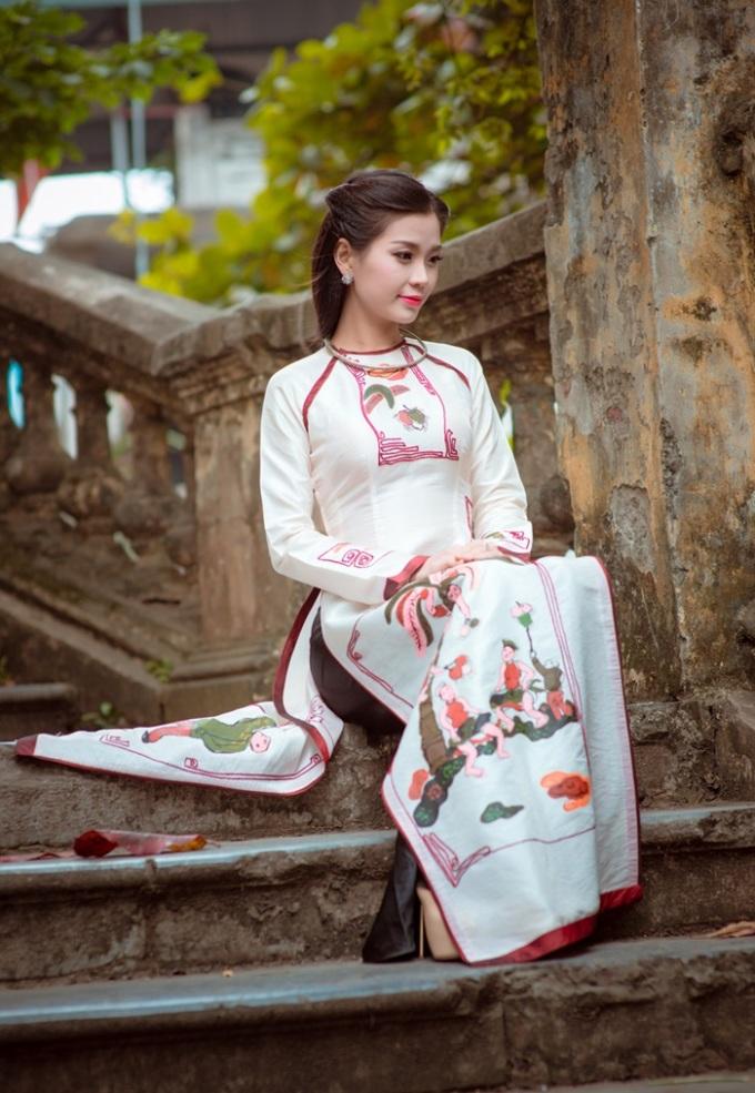 Á hậu Diễm Trang hóa thiếu nữ Hà thành xinh đẹp