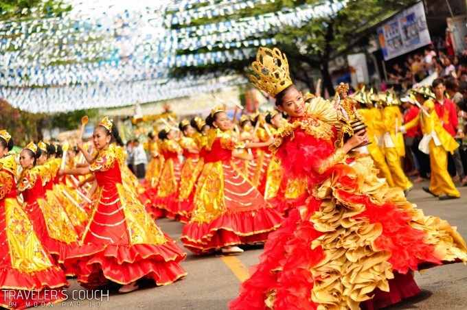 <p> Lễ hội Sinulog ở Philippines là lễ hội Thiên chúa giáo mang đậm màu sắc Đông Nam Á với những màn diễu hành đường phố, múa cổ truyền đặc sắc.</p>