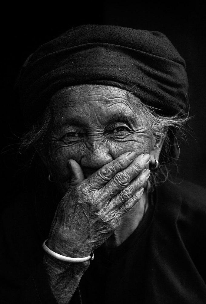 Chùm ảnh khiến người xem rung động: Những nụ cười đẹp nhất Việt Nam