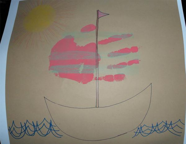Nghịch ngợm vẽ tranh bằng bàn tay, bàn chân