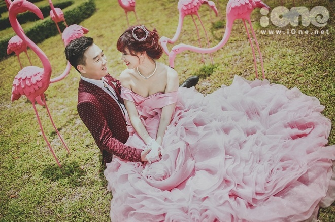 """<p class=""""Normal""""> Hà Min dự tính sau khi cưới xong sẽ có baby luôn để """"chiều lòng"""" ba mẹ hai bên.</p>"""