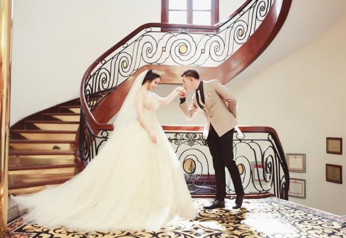 Ảnh cưới đậm chất ngôn tình của đôi sinh viên RMIT yêu 7 năm