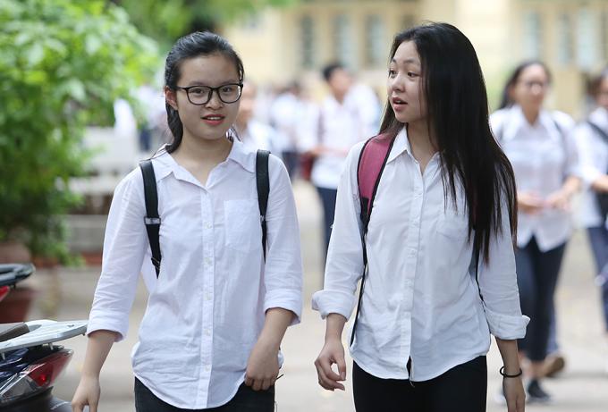 <p> Điểm thi trường Việt Đức là nơi vốn nổi tiếng với những nữ sinh duyên dáng, xinh đẹp nhất trong các trường cấp 3 tại Hà Nội.</p>