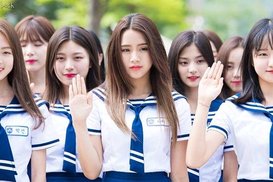 nhung-co-nang-vua-co-tai-vua-co-sac-tren-idol-school-3