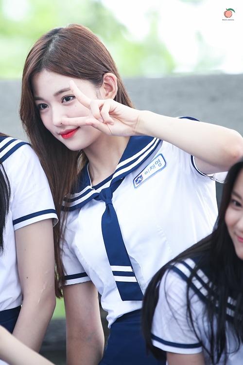 nhung-co-nang-vua-co-tai-vua-co-sac-tren-idol-school-5