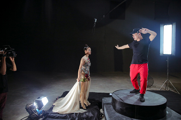 nhung-diem-giup-vietnams-next-top-model-dang-an-dut-the-face-6