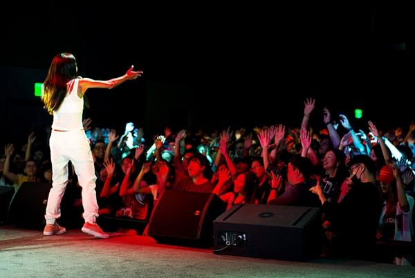 suboi-hoi-ngo-loat-rapper-dinh-dam-the-gioi-tai-dai-loan-2