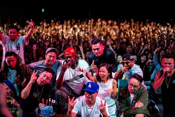 suboi-hoi-ngo-loat-rapper-dinh-dam-the-gioi-tai-dai-loan-1