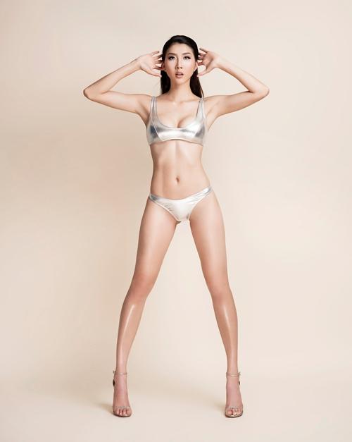 ngoc-quyen-dien-bikini-khoe-ve-sexy-cua-gai-mot-con-1
