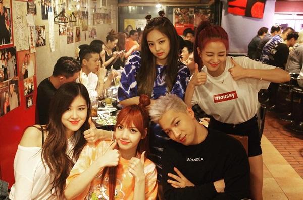 sao-han-7-8-baek-hyun-chup-anh-dim-chan-yeol-da-hyun-tzuyu-do-cute-11