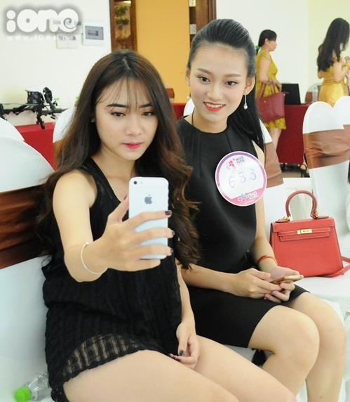 girl-xinh-mien-trung-dua-nhau-khoe-tai-sac-tai-miss-teen-2017-2