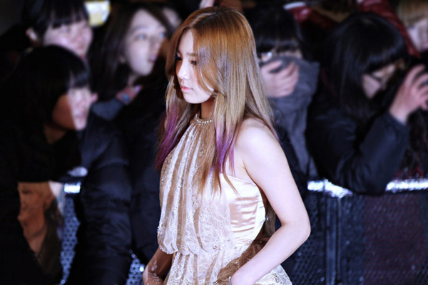 9-cach-nhuom-toc-sang-tao-cua-thanh-ombre-tae-yeon-1