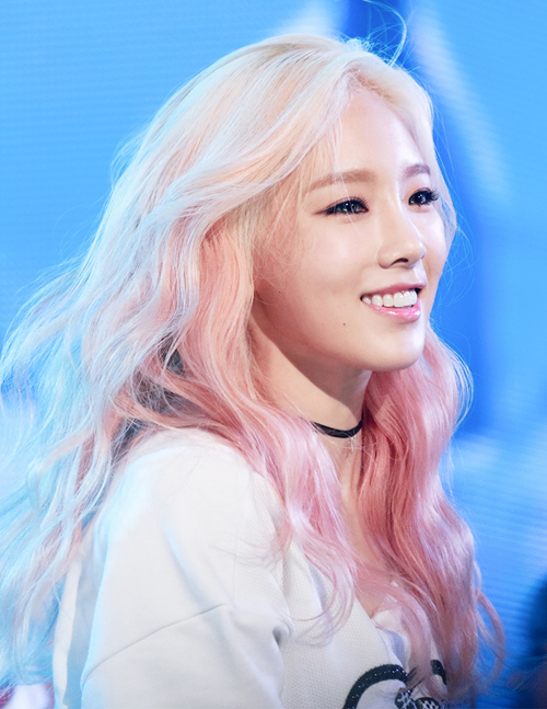 9-cach-nhuom-toc-sang-tao-cua-thanh-ombre-tae-yeon-7