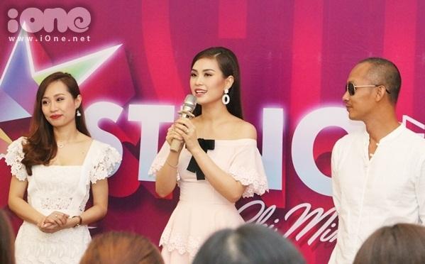 thi-sinh-miss-teen-2017-mien-nam-dua-nhau-khoe-sac-voc-kho-long-roi-mat-1