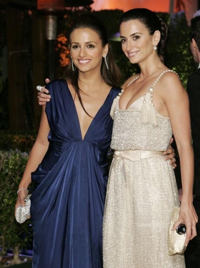 <p> Penelope Cruz và Monica Cruz</p>