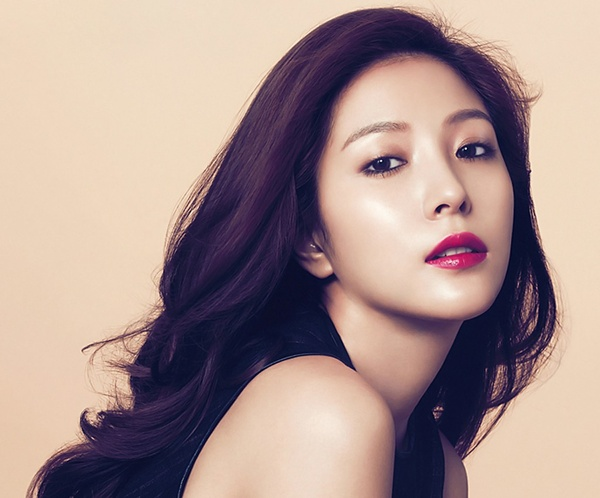 nhung-idol-kpop-debut-khi-moi-hon-10-tuoi-2