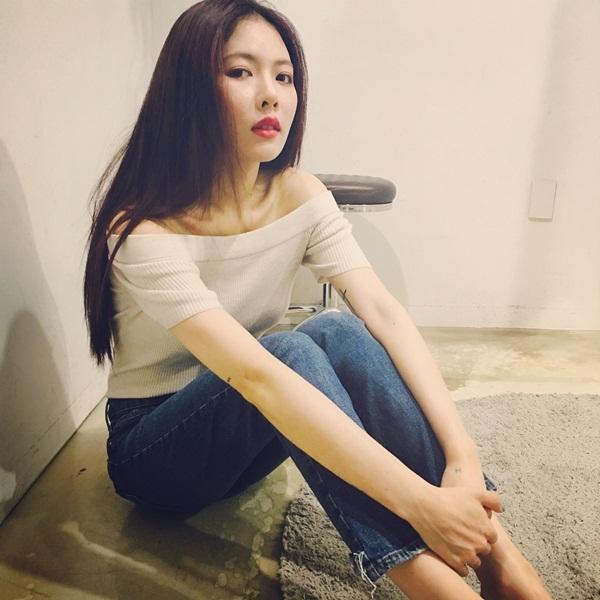 sao-han-17-8-suzy-khoe-nhan-sac-nu-than-hyun-ah-doi-style-thuc-nu-1