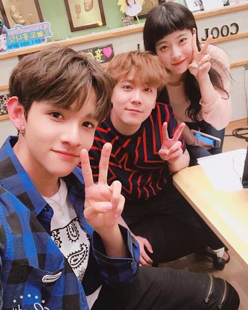 sao-han-17-8-suzy-khoe-nhan-sac-nu-than-hyun-ah-doi-style-thuc-nu-2-3