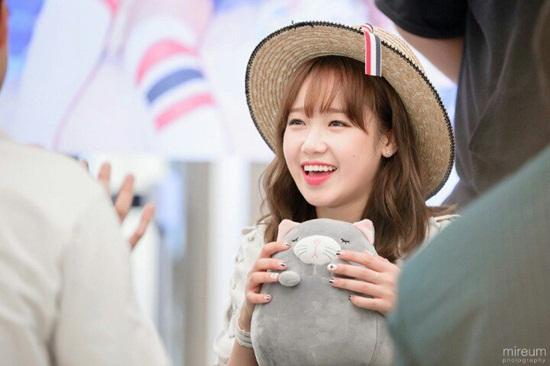 20-idol-ba-chiem-bang-xep-hang-thuong-hieu-thang-8-2