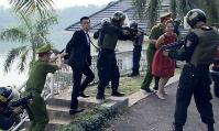 uat-uc-vi-cai-ket-bi-thuong-fan-viet-tiep-kich-ban-nguoi-phan-xu-phan-2-4