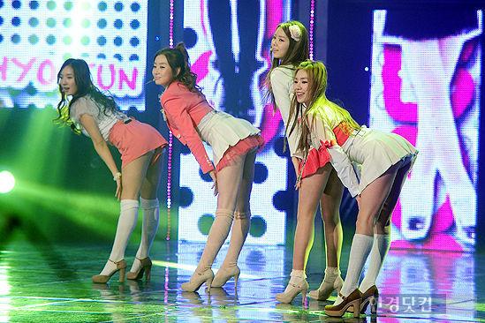 nhung-chiec-vay-khong-the-ngan-hon-cua-idol-nu-kpop-2-8