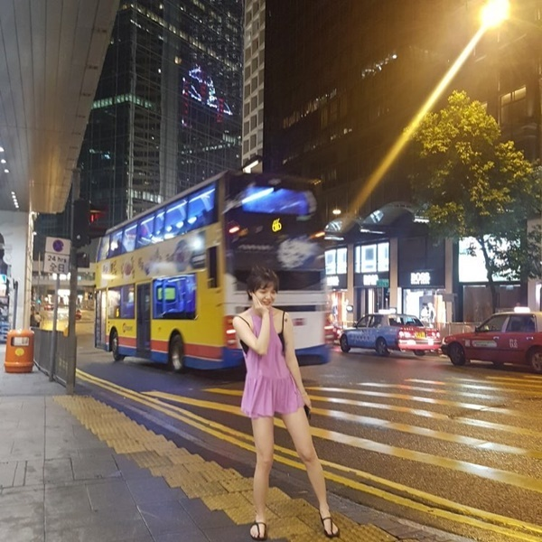 sao-han-7-9-seo-hyun-mac-vay-cuoi-long-lay-sulli-tet-toc-nhu-thieu-nu-4