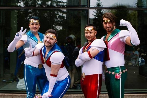chet-cuoi-voi-cac-man-cosplay-phien-ban-loi-2-10