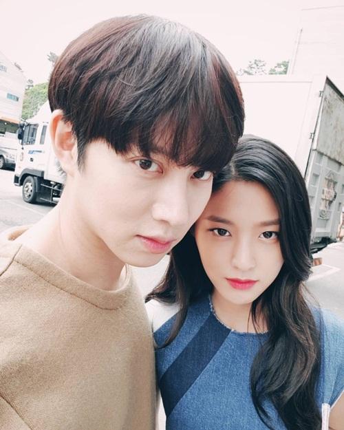 sao-han-13-9-hani-makeup-dam-kho-nhan-ra-seol-hyun-do-ngau-voi-dan-anh-1