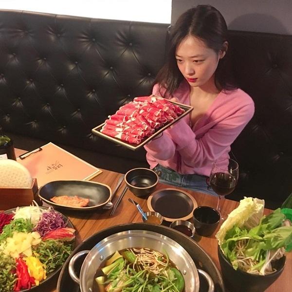 sao-han-13-9-hani-makeup-dam-kho-nhan-ra-seol-hyun-do-ngau-voi-dan-anh-7