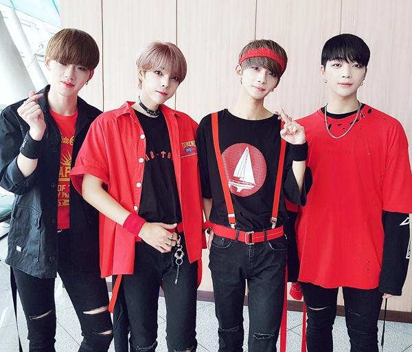thanh-vien-boygroup-kpop-gay-hoang-mang-vi-dien-mao-qua-nu-tinh-2-8