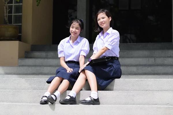 ngam-dong-phuc-nu-sinh-goi-cam-nhat-the-gioi