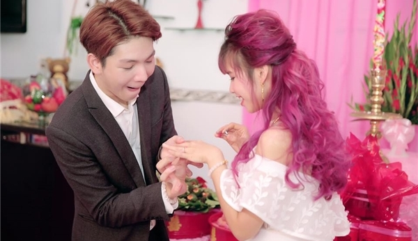Khởi My run run tiết lộ được Kelvin Khánh cầu hôn.