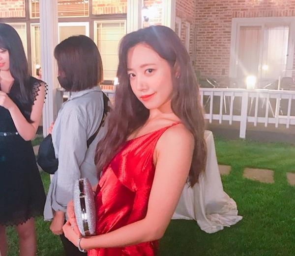 sao-han-19-9-lee-jong-suk-bi-gio-pha-roi-hani-mac-vay-trong-diu-dang-la-2-5